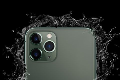 ¿Es mi móvil realmente resistente al agua?